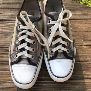 🌵Donald J Pliner Woman's Cory Sneakers SZ 9